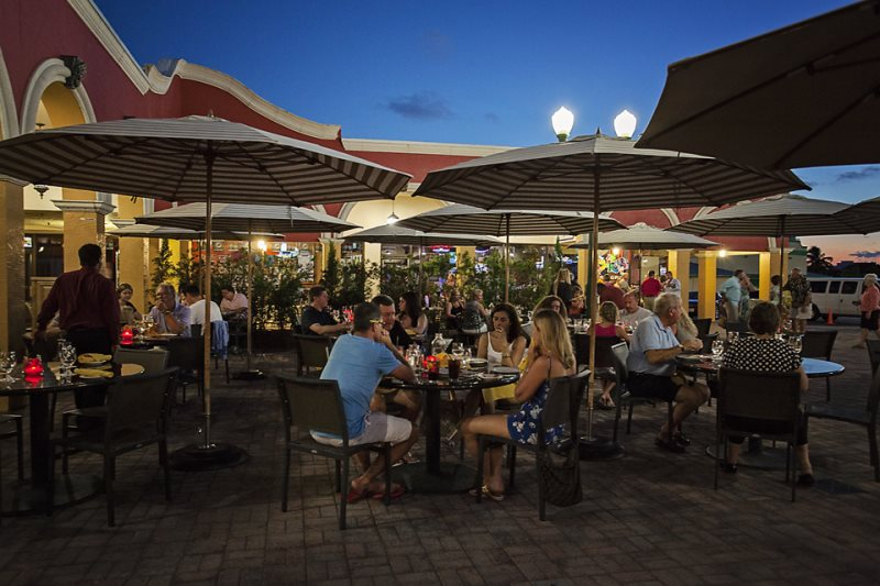 Outdoor FL Dining